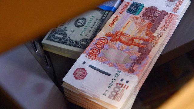 روسیه و هند به سمت حذف دلار از مبادلات دوجانبه حرکت می نمایند