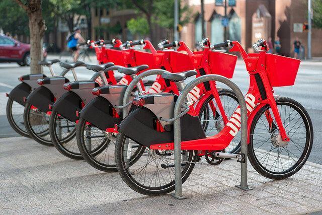 دوچرخه های خودران جای تاکسی های اینترنتی را می گیرند